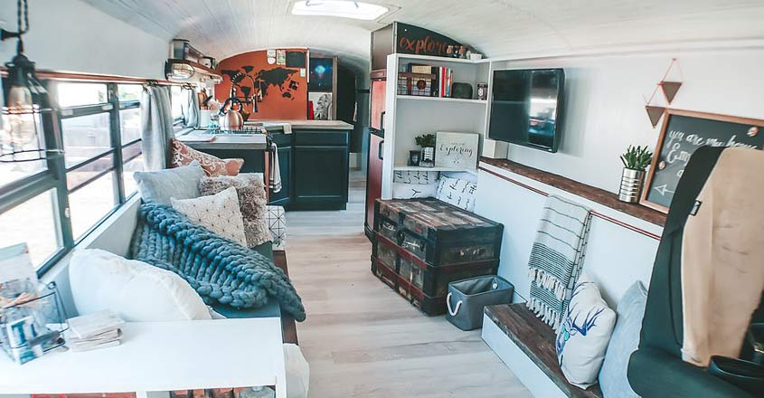house-on-wheels-inside