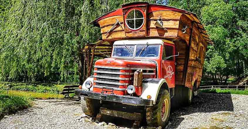 lorry-house-hungary