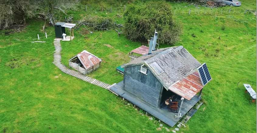 tiny-cabin-house-aerial