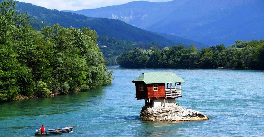 drina-river-house