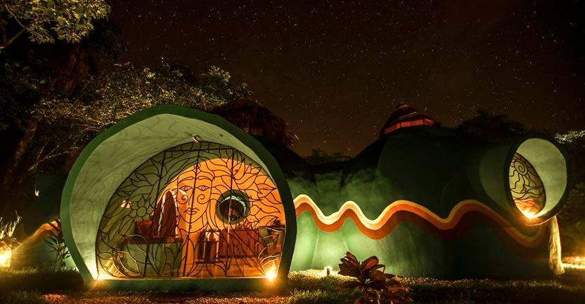 green-moon-lodge-night