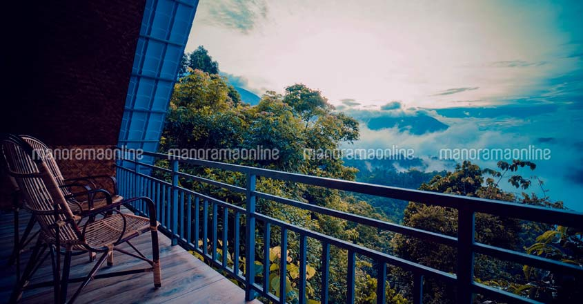 will-mount-resort-munnar-balcony
