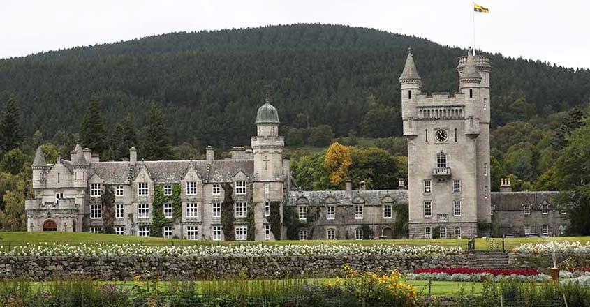 balmoral-castle-exterior