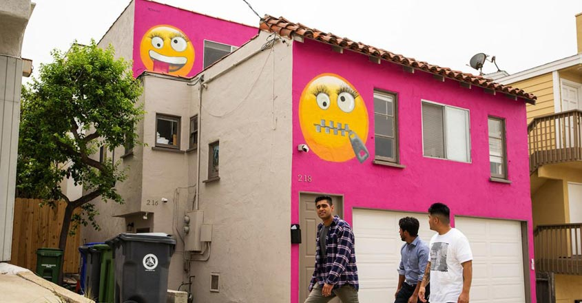 emoji-house-path