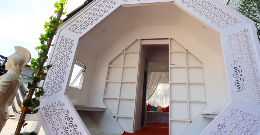 tiny-house-kerala-entrance