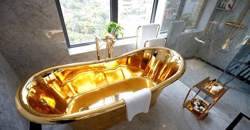 gold-plated-hotel-vietnam-tub