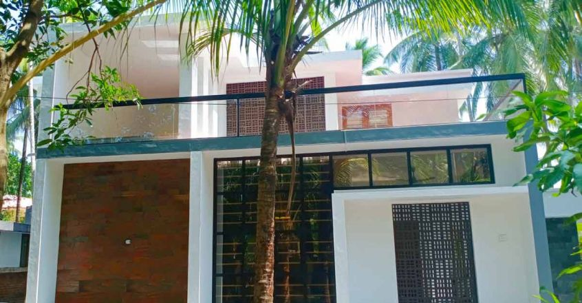 thrissur-renovated-home-side