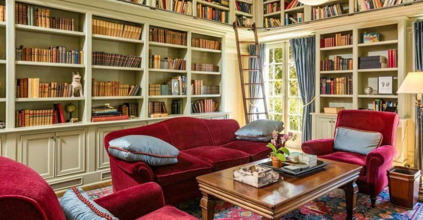 angelie-jolie-home-library