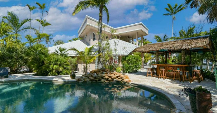 coral-reef-house-exterior