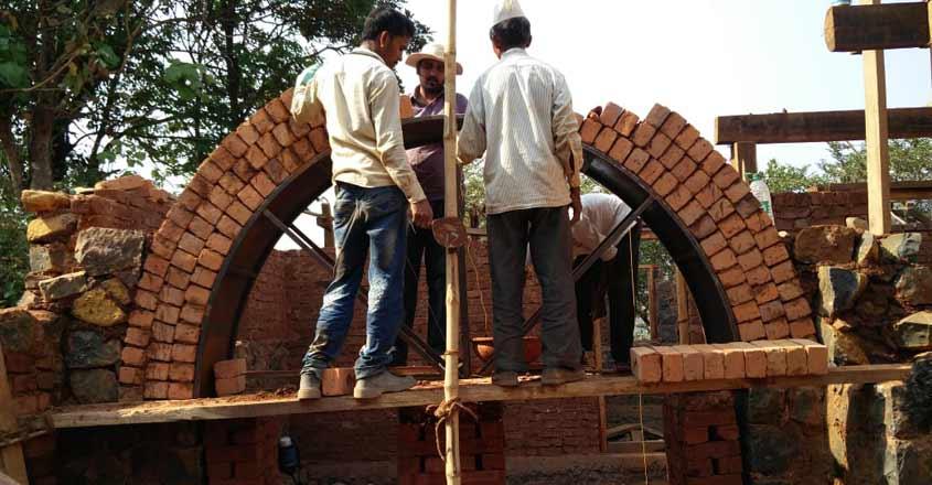 mud-house-construction