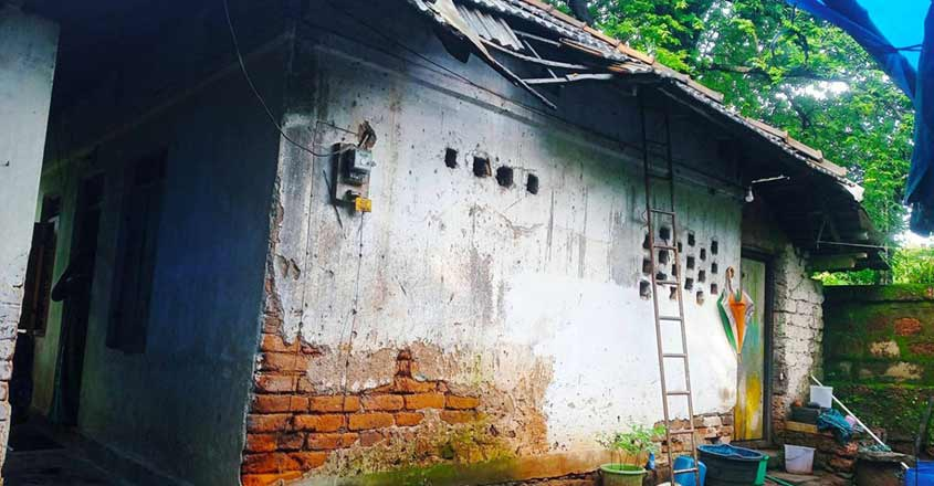 old-house-lockdown