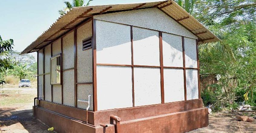 recyled-plastic-house