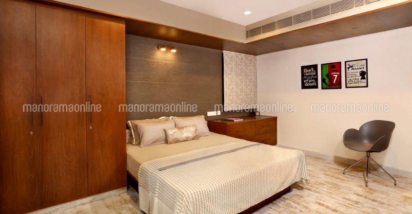 jayasurya-flat-bedroom
