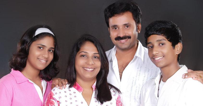 rajev-roshan-family