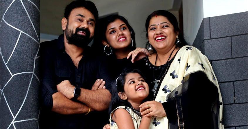 shaju-family