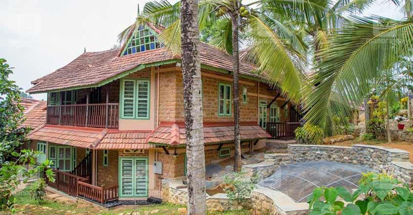 ooru-abrahams-home-outside