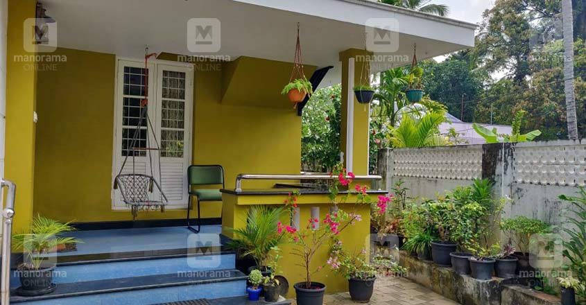 sudhi-koppa-house-garden