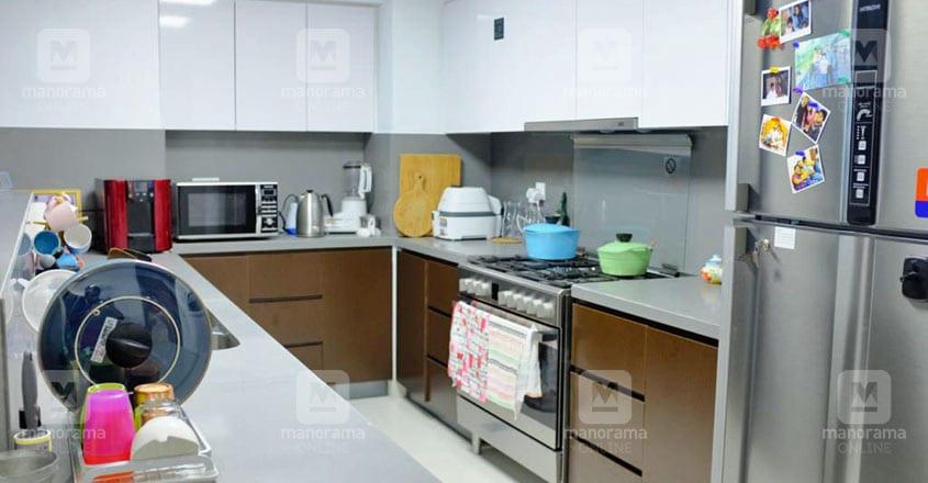 veena-jan-dubai-home-kitchen