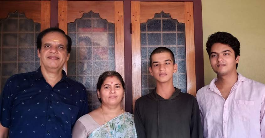 nandakishore-family