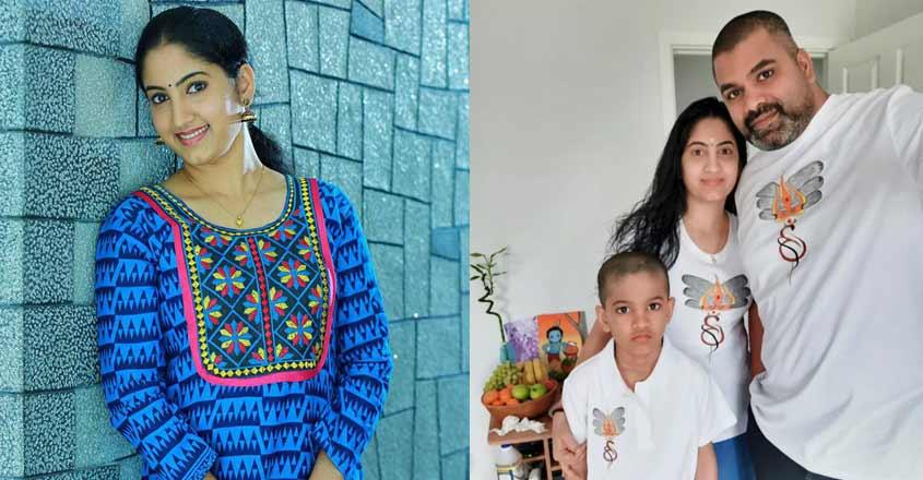 sreekala-sasisdharan-family