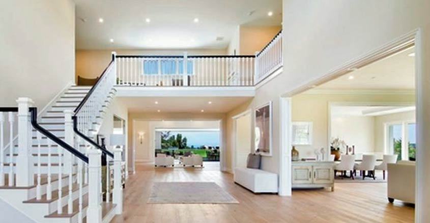 kylie-new-house-living