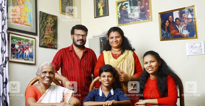vinod-kedamangalam-family