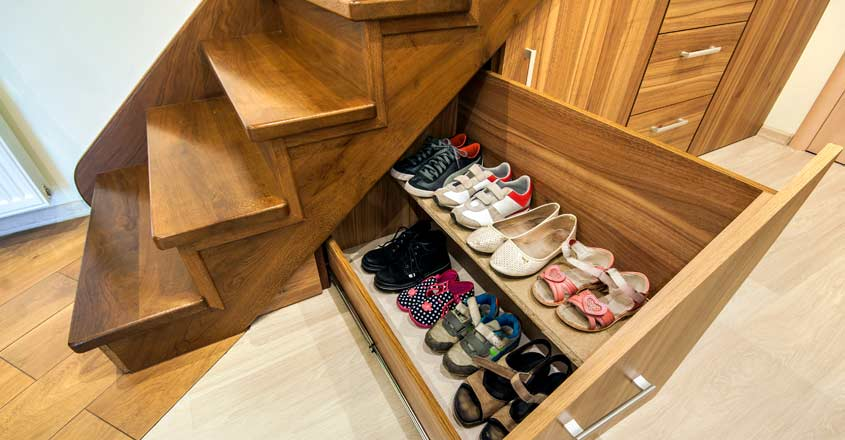 shoe-rack-under-stair