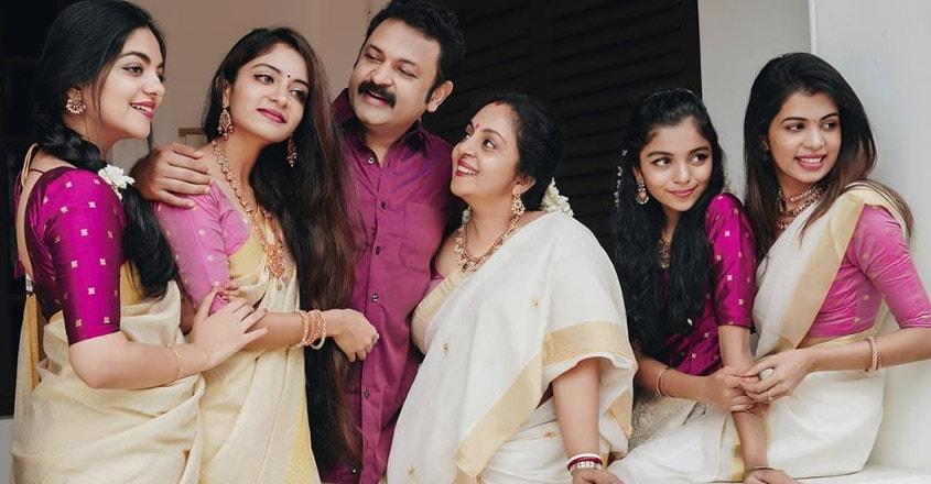 ahana-krishna-family131