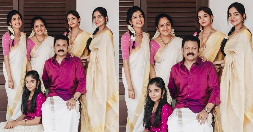 ahana-krishna-family43