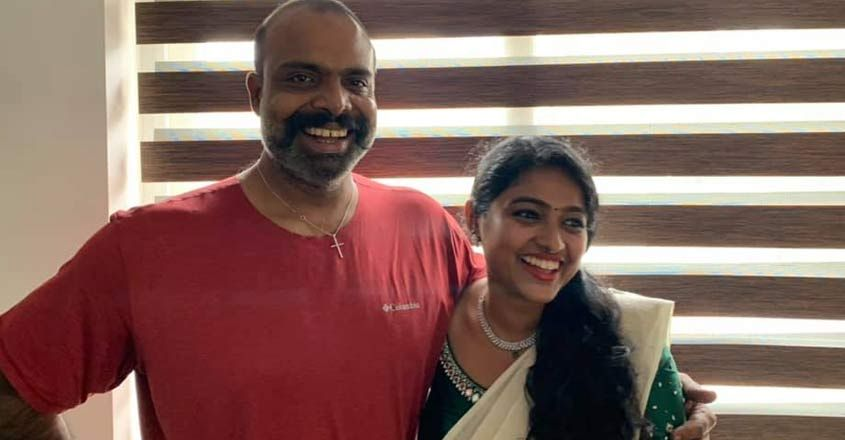 chemban-vinod-mariam-thomas-photos