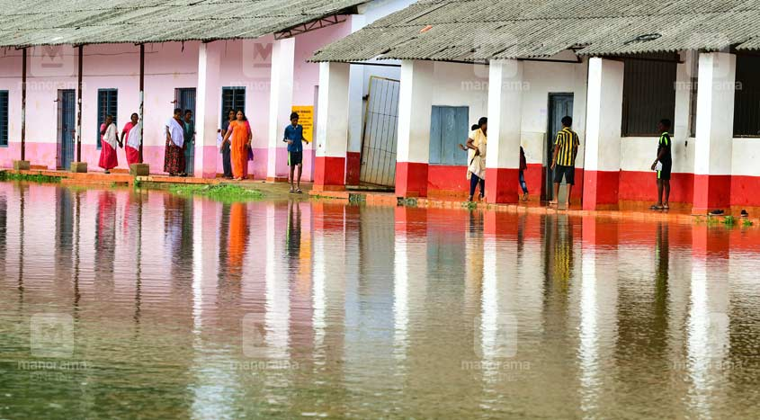 chengalam-flood-relief-camp-3