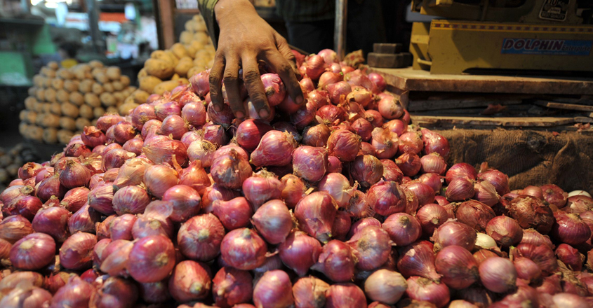 INDIA-ECONOMY-FOOD-POLITICS-INFLATION