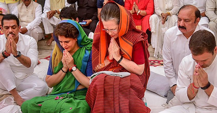Sonia-Gandhi-11