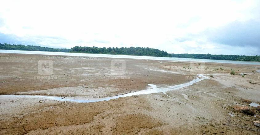 Sasthamkotta Lake