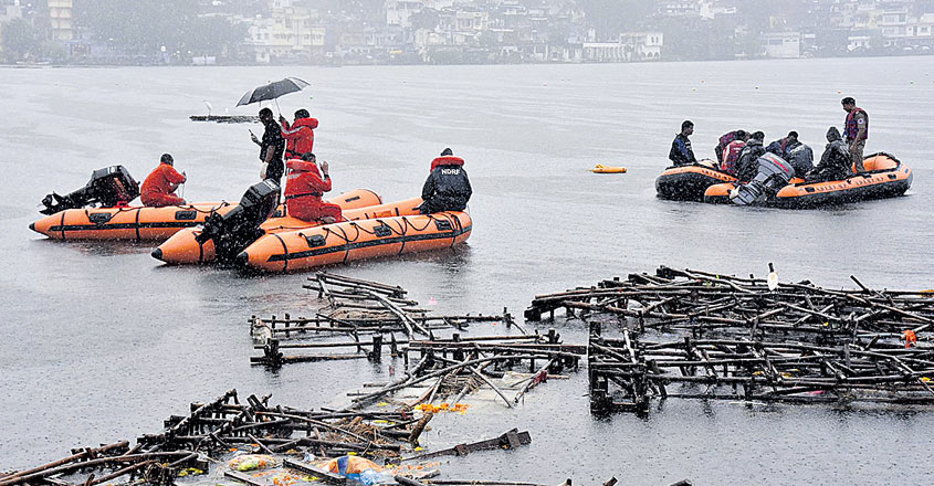 India Boat Accident