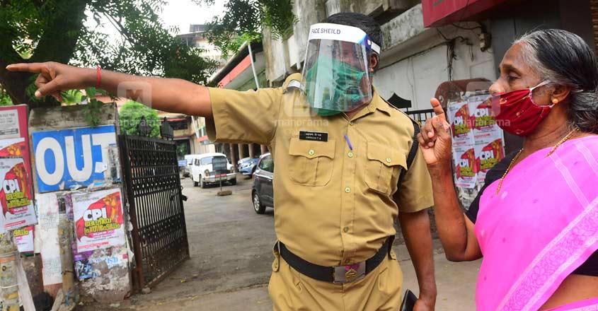 thrissur-police-covid-coronavirus-mask
