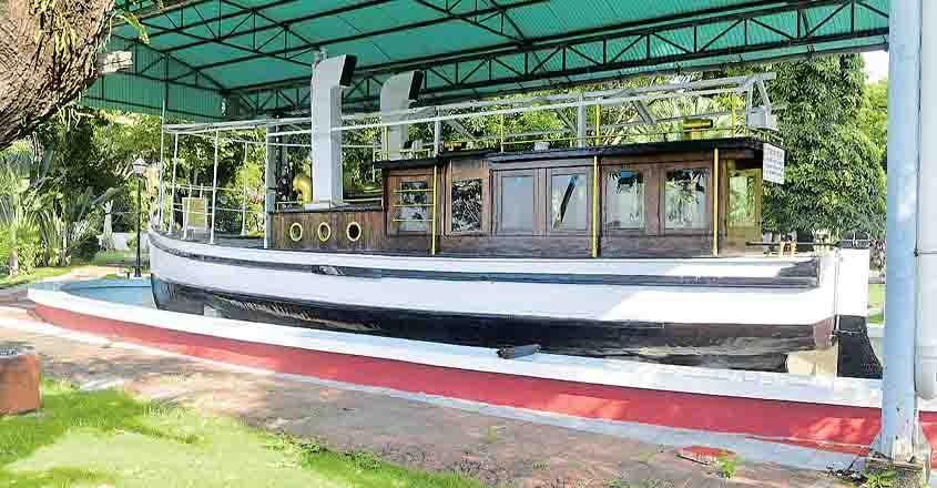 dorothy-boat