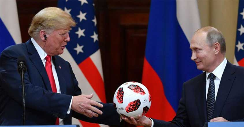 trump-putin-football