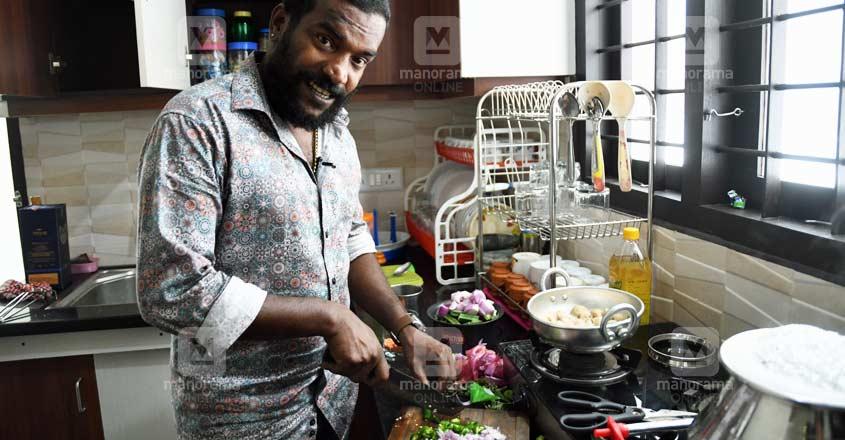 manikandan-soya-cooking