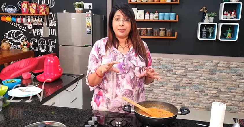 tomato-curry-ln-vlog