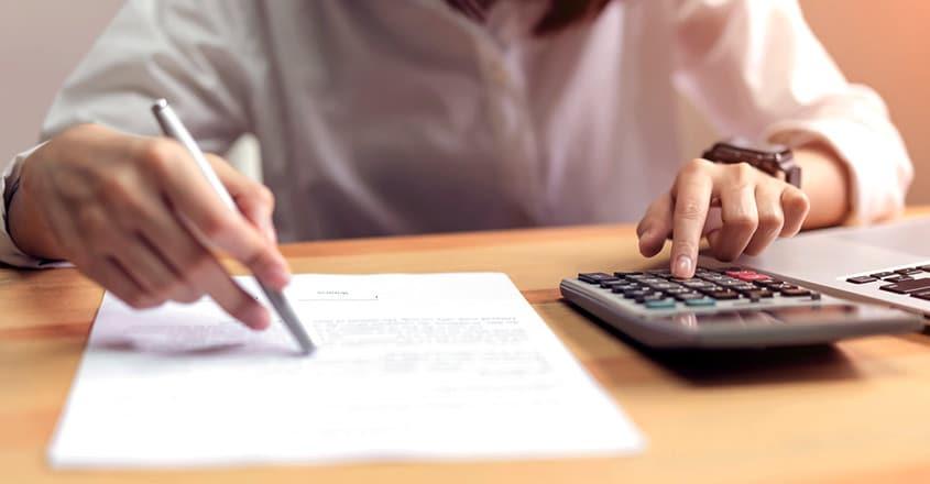 money-and-calculator-845