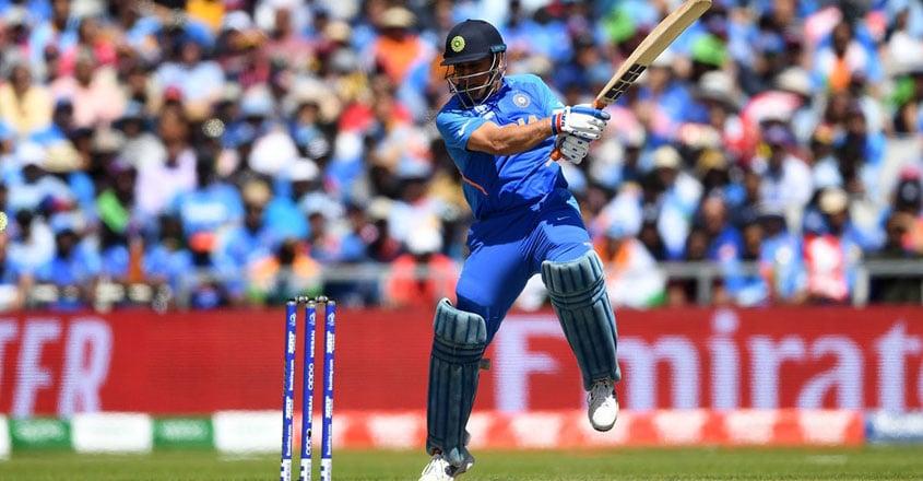 dhoni-batting