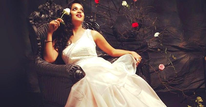 actress-bhavana-looks-princess-in-her-latest-photos