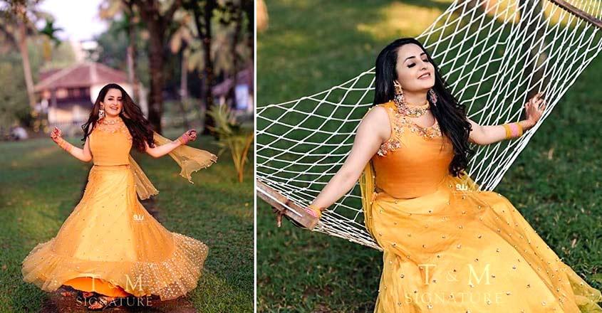 actress-bhama-stunning-look-for-mehendi