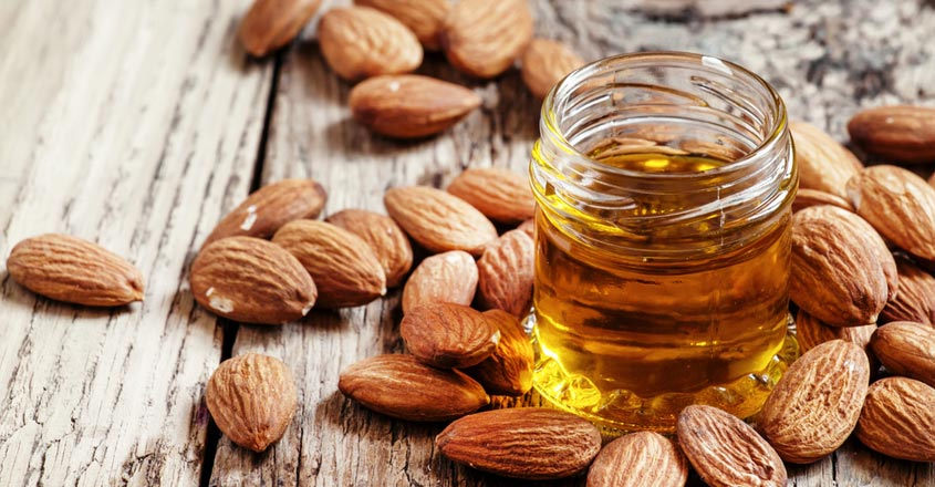 almond-oil-for-skin-care