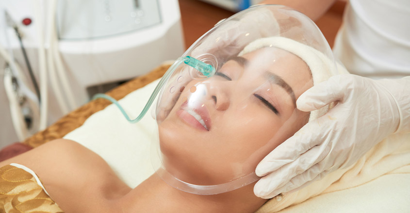 oxygen-power-jet-facial-for-shining-skin