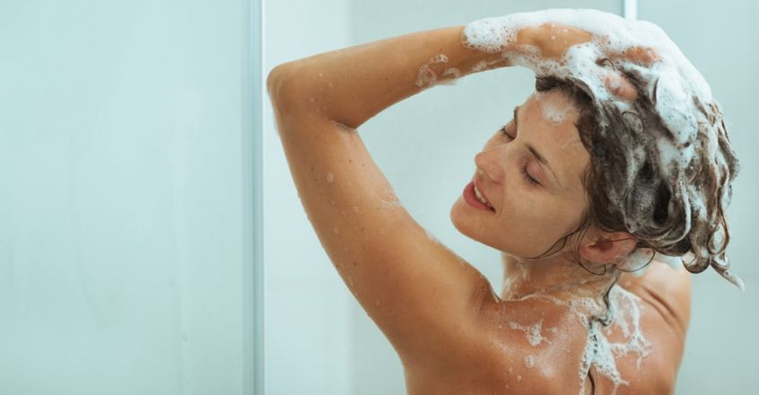 keep-hair-healthy-with-these-stylist-recommended-ways