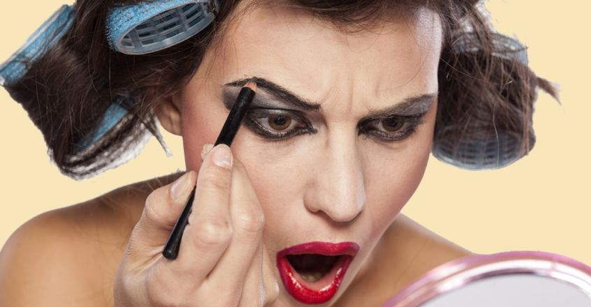 these-makup-mistakes-leads-to-ageing
