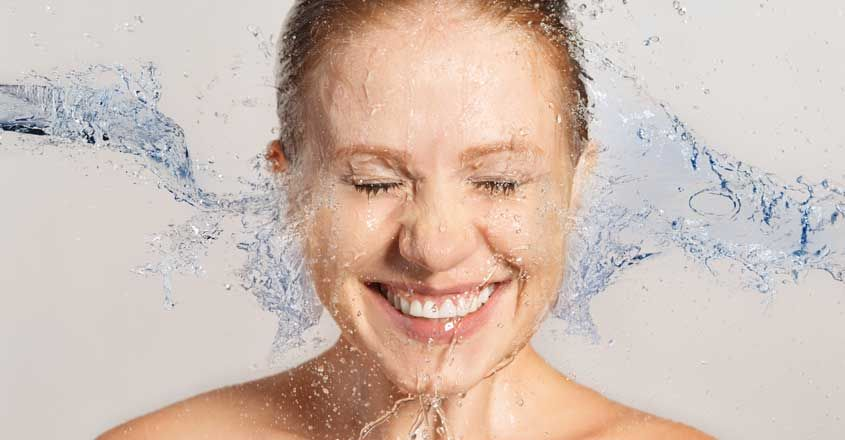 benefits-of-washing-face-with-cold-water