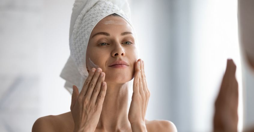 try-these-toners-that-help-get-rid-of-puffy-skin